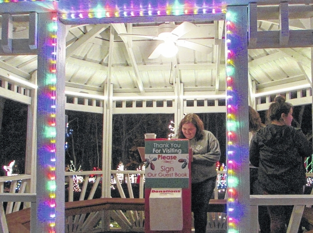 Pilot Mountain News | Pilot Mountain display lights the holiday season