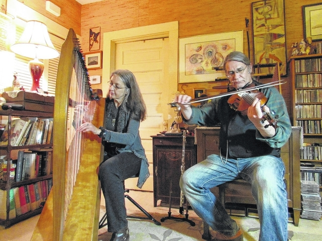 Celtic musicians celebrate Valentine's Day