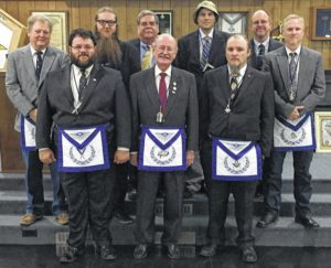 Pilot Masons install new officers