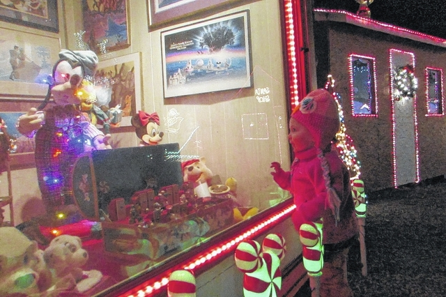 pilot mountain display lights the holiday season pilot mountain news